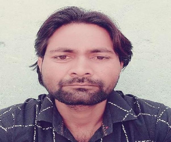टॉप टेन अपराधी का हमीरपुर में पड़ा मिला शव, पुलिस तलाश में जुटी
