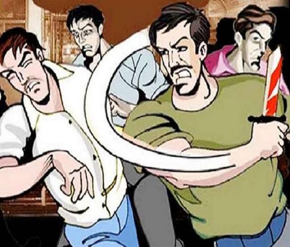 कन्नौज में कब्जा दिलाने गई राजस्व व पुलिस टीम पर हमला