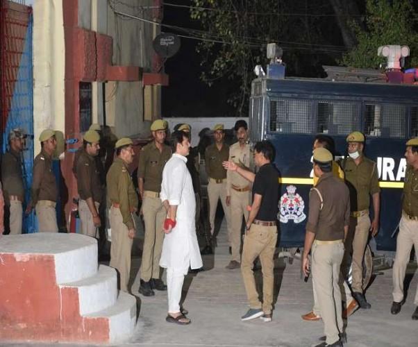 बाहुबली पूर्व सांसद फतेहगढ़ सेंट्रल जेल शिफ्ट, खुद को बताया राजनीतिक साजिशों का शिकार