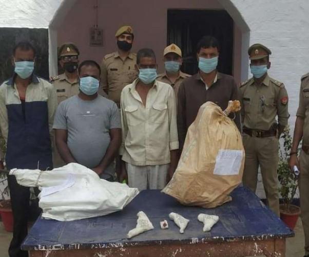 कन्नौज में असलहा फैक्ट्री का भंडाफोड़, चार गिरफ्तार