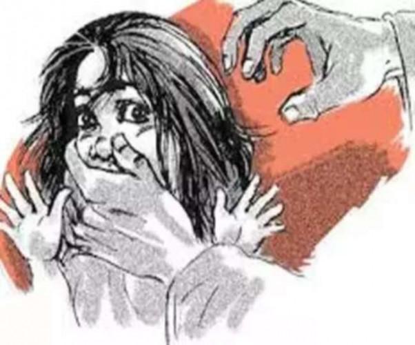 आजमगढ़ में 12-14 साल के तीन किशोरों ने बालिका संग किया सामूहिक दुष्कर्म