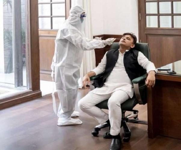 समाजवादी पार्टी के अध्यक्ष अखिलेश यादव ने कराया कोविड टेस्ट, BJP पर जमकर बरसे