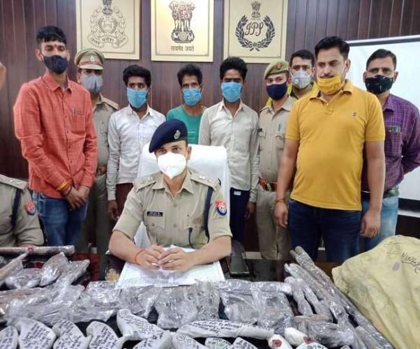 फर्रुखाबाद में अवैध शस्त्र फैक्ट्री का भंडाफोड़, छापेमारी के बाद पुलिस ने तीन को किया गिरफ्तार