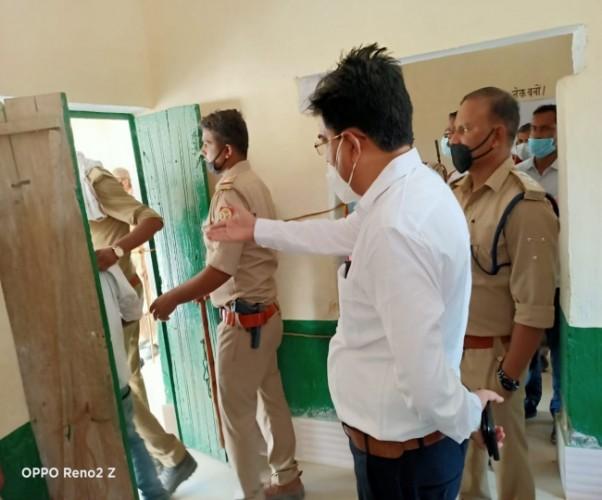 प्रतापगढ़ में हिंसक झड़पों, फायरिंगग के बीच 60 फीसद वोट