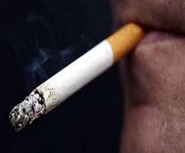 कन्नौज में सिगरेट के रुपये मांगने पर युवक ने दुकान में लगाई आग