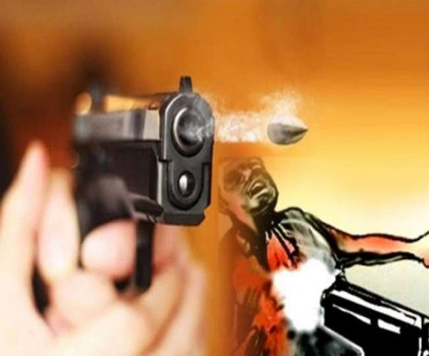 फर्रुखाबाद में दिनदहाड़े युवक के चेहरे पर मारी गोली