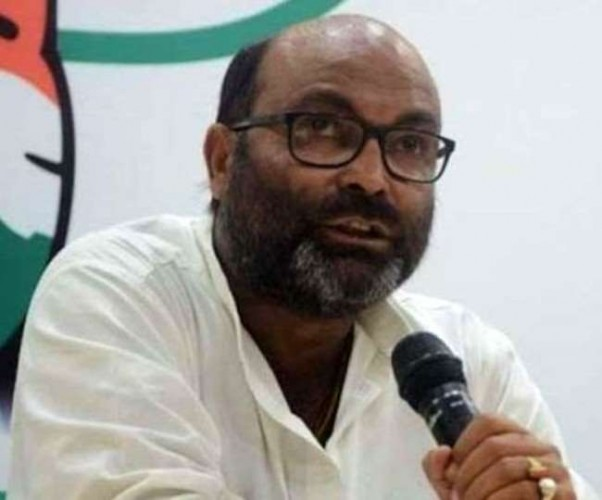 कांग्रेस का आरोप- जमीनी आधार खो चुकी भाजपा ने सत्ता के बल पर यूपी पंचायत चुनाव में की धांधली