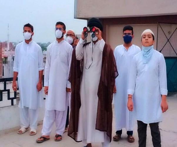 लखनऊ में नहीं दिखा चांद, अब जुमे के दिन 14 मई को रोजेदारों की ईद