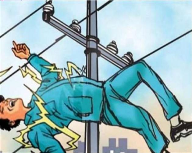रायबरेली बिजली विभाग की बड़ी लापरवाही आई सामने,करंट लगने से झुलसा युवक