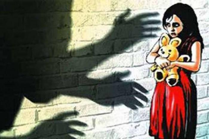 कन्नौज में आठ वर्षीय बेटी को अगवा कर  दुष्कर्म