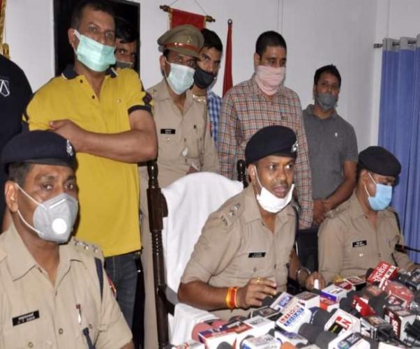 सहारनपुर में शामली और मेरठ के युवक चला रहे थे अवैध शस्त्र फैक्ट्री