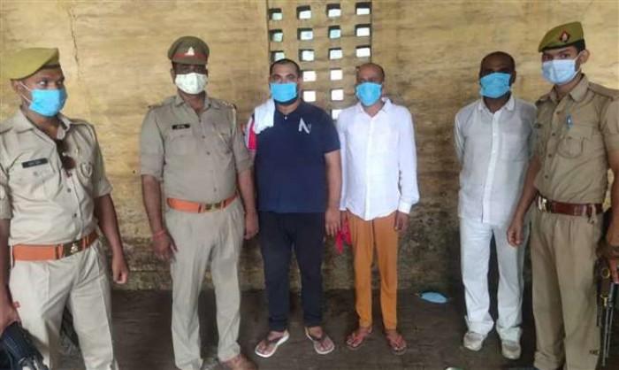बलिया में पूर्व जिपं सदस्य की हत्या में अधिवक्ता समेत तीन गिरफ्तार