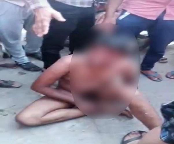 कानपुर में चोरी के आरोप में किशोर को निर्वस्त्र कर घुमाया