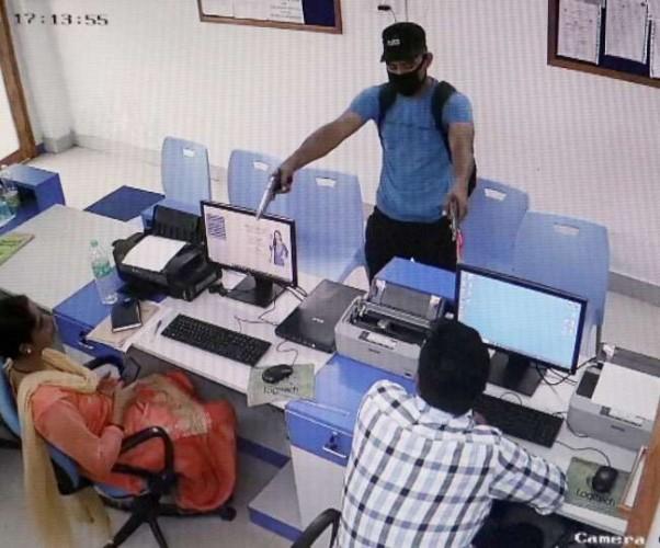 बिजनौर में मुथुट फाइनेंस के दफ्तर में लूट की कोशिश