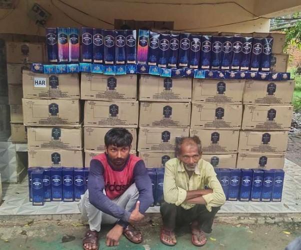 हरियाणा निर्मित अवैध अंग्रेजी शराब के साथ कानपुर में पकड़े गए तस्कर
