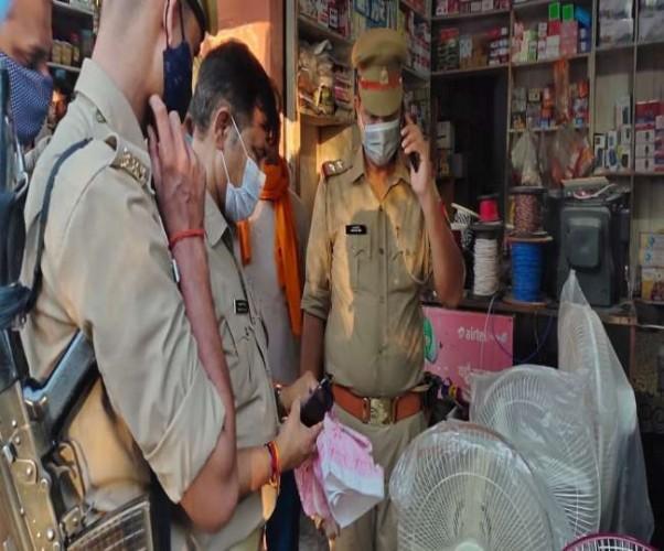 शामली में दुकान में रखे थैले में विस्फोट, पुलिस जांच में जुटी